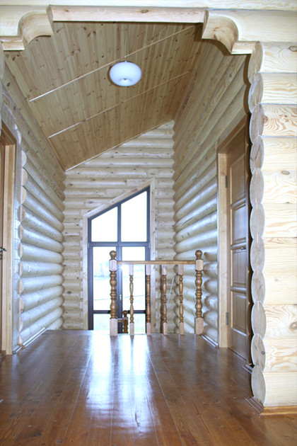 сглобяема къща от дървени цилиндровани трупи